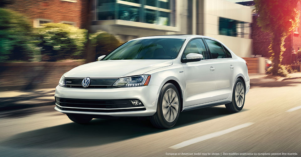 White 2015 Jetta Turbo Hybrid