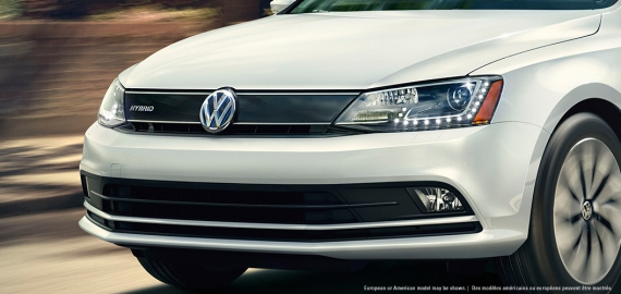 Grille is unique to the Jetta Turbo Hybrid